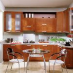фото кухонных гарнитуров для маленьких кухонь