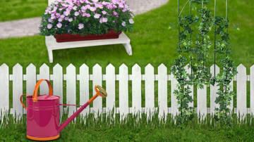 забор в саду