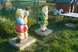 деревянные скульптуры на детскую площадку